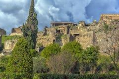 Дом старых римских руин, часть мест всемирного наследия ЮНЕСКО Оно расположено около Неаполь Стоковая Фотография