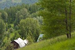 Дом страны горного склона Стоковая Фотография RF
