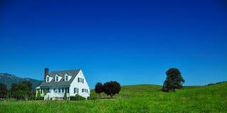 дом страны Стоковая Фотография RF