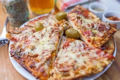 Дом сделал куски пиццы Стоковые Изображения RF