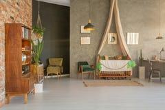 Дом с шпаргалкой младенца стоковое фото rf
