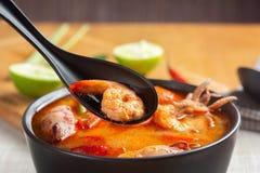Дом Том Yum Kung сделал тайский рецепт стоковые фото