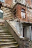 Дом украшал фонарики в старом городке Veliko Tarnovo, Болгарии Стоковое фото RF