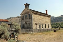Дом школы город-привидения Bannak Монтаны Стоковое Изображение RF