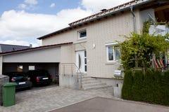 дом 2 гаража автомобиля мечт Стоковое фото RF