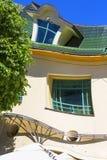 Дом Krzywy Domek нечестный маленький на улице Monte Cassino, Sopot, Польше стоковая фотография rf