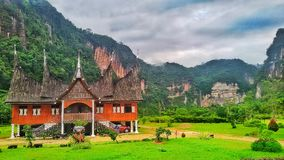 Дом Padang стоковые фотографии rf