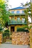 Дом SC Чарлстона в старом стиле стоковое фото