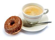 Донут и кофе изолированные на белизне Стоковые Фото