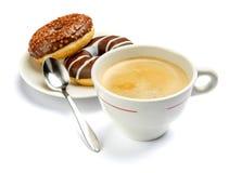 Донут и кофе изолированные на белизне Стоковое Изображение