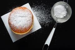 Донут и напудренный сахар Стоковая Фотография RF