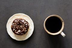 Донут кофе и шоколада Стоковое Изображение
