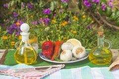 Дополнительные виргинские бутылки оливкового масла 2 Стоковое фото RF