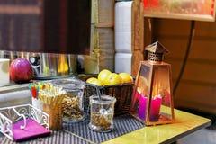 Дополнительные специи для горячих пить на рождественской ярмарке Риги Стоковое фото RF