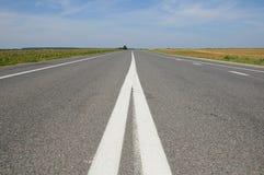 Дорога асфальта Nonurban Стоковое фото RF