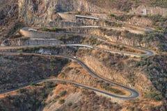 Дорога вдоль Leba Сьерры над взглядом Lubango anisette Стоковые Изображения RF