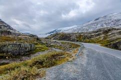 Дорога в горе стоковая фотография