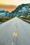 Дорога в плато Hardangervidda в Норвегии Стоковое Изображение