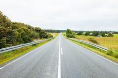Дорога в сельской местности стоковое фото