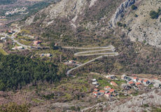 Дорога в форме письма m Черногория Стоковое Фото