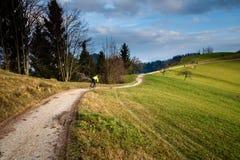 дорога горы велосипедиста сельская Стоковое Изображение RF