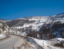 Дорога горы в зиме Стоковое Фото