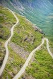 Дорога горы Trollstigen пути троллей в Норвегии Стоковые Изображения RF