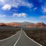Дорога гор пожара Lanzarote Timanfaya Стоковая Фотография
