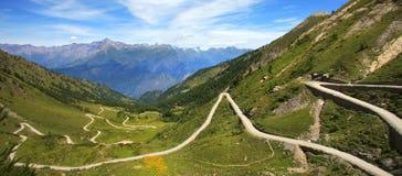 дорога гор холмов unpaved Стоковое фото RF