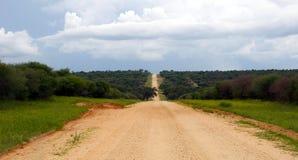 Дорога гравия в Намибии Стоковые Фото