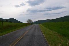 Дорога западной горы NC сельская Стоковое Изображение