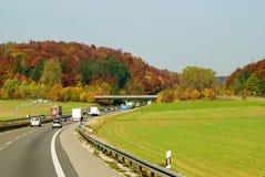 дорога зеленого цвета поля осени Стоковое Изображение RF
