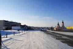 Дорога зимы в деревне Aikhal Yakutia стоковое изображение