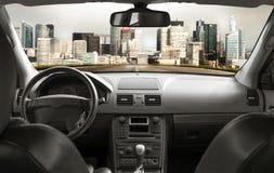 Дорога изнутри автомобиля Стоковая Фотография RF