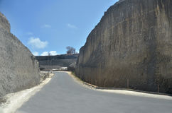 Дорога и скала 2 Стоковое Изображение