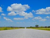 Дорога к голубому небу Стоковые Фотографии RF