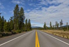 Дорога к горам Стоковые Изображения RF