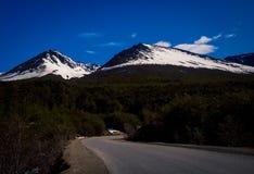Дорога к горам Ushuaia Стоковое Изображение RF