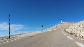 Дорога к горе Венту в Провансали, Франции видеоматериал