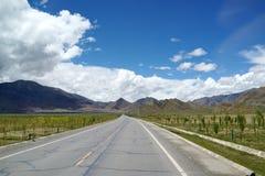 Дорога к горе Стоковое Фото