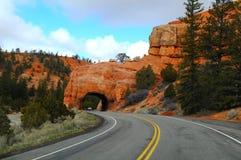 Дорога к каньону Bryce стоковая фотография rf