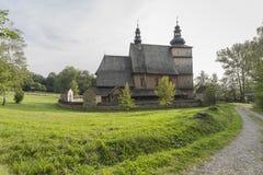 Дорога к католической церкви Стоковое фото RF
