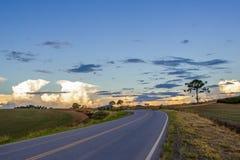 Дорога к нему заход солнца Стоковое Изображение