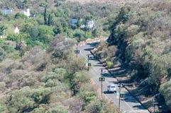 Дорога к статуе Нельсона Манделы на военноморском холме Стоковые Фото