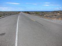 Дорога лавы Гавайи к морю Стоковые Фото