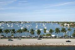 Дорога Майами и транспорт воды Стоковая Фотография