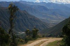 Дорога над горами Стоковая Фотография