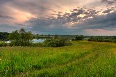 дорога озера к Стоковые Фото