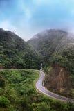 Дорога около пропуска тонны трамвая в Sapa, Вьетнам Стоковые Изображения RF