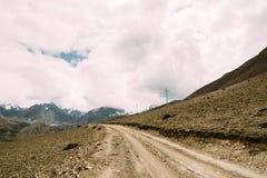 Дорога от Muktinath к Kagbeni Стоковые Изображения